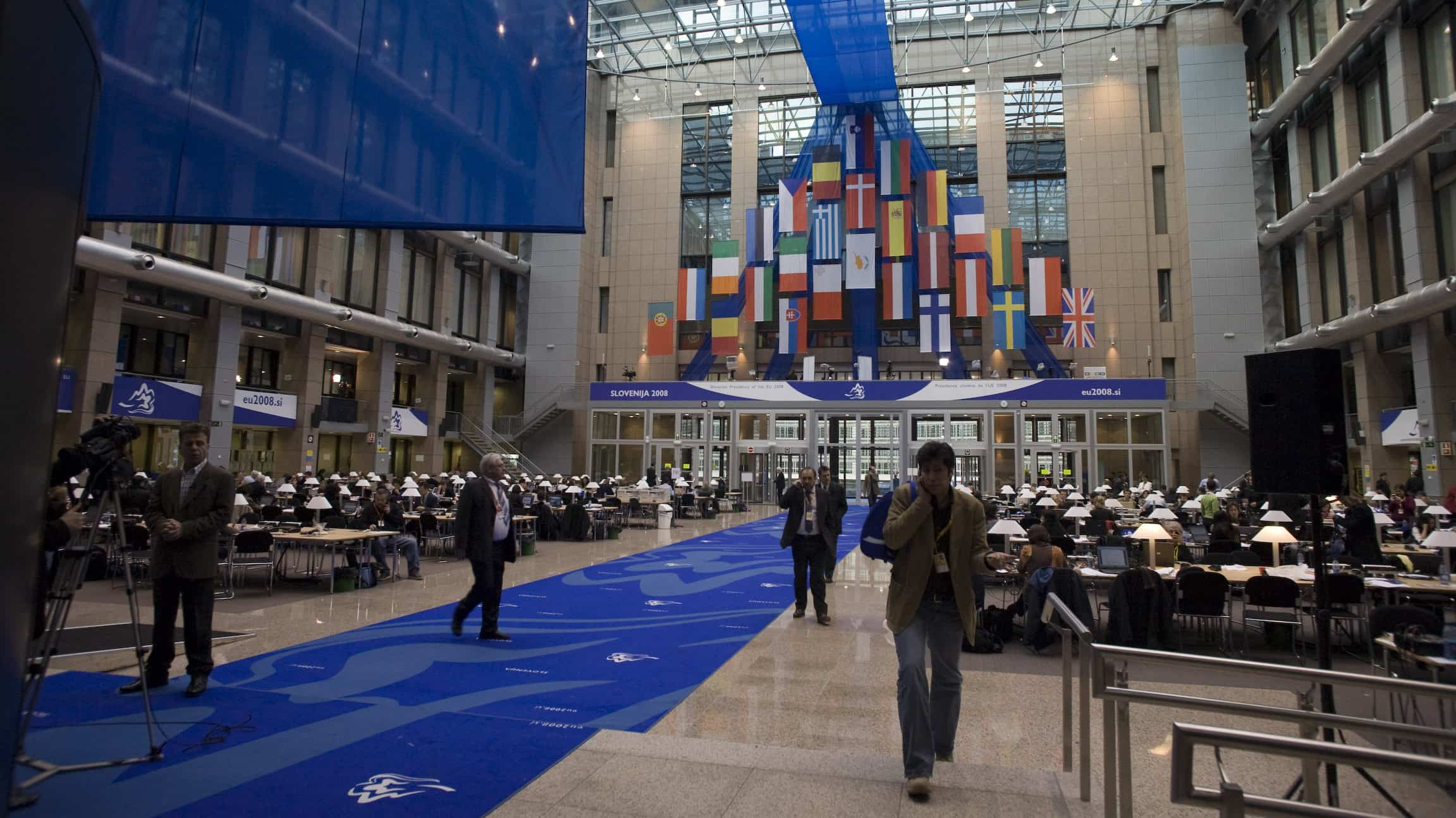 Marco Zullo M5S Europa intrighi lobby potere bruxelles